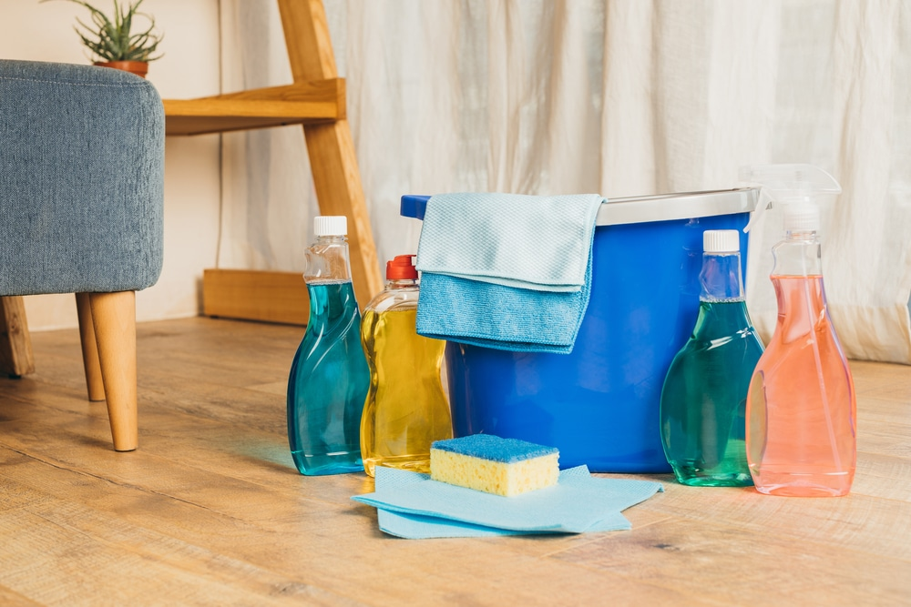 cleaning products that damage tile